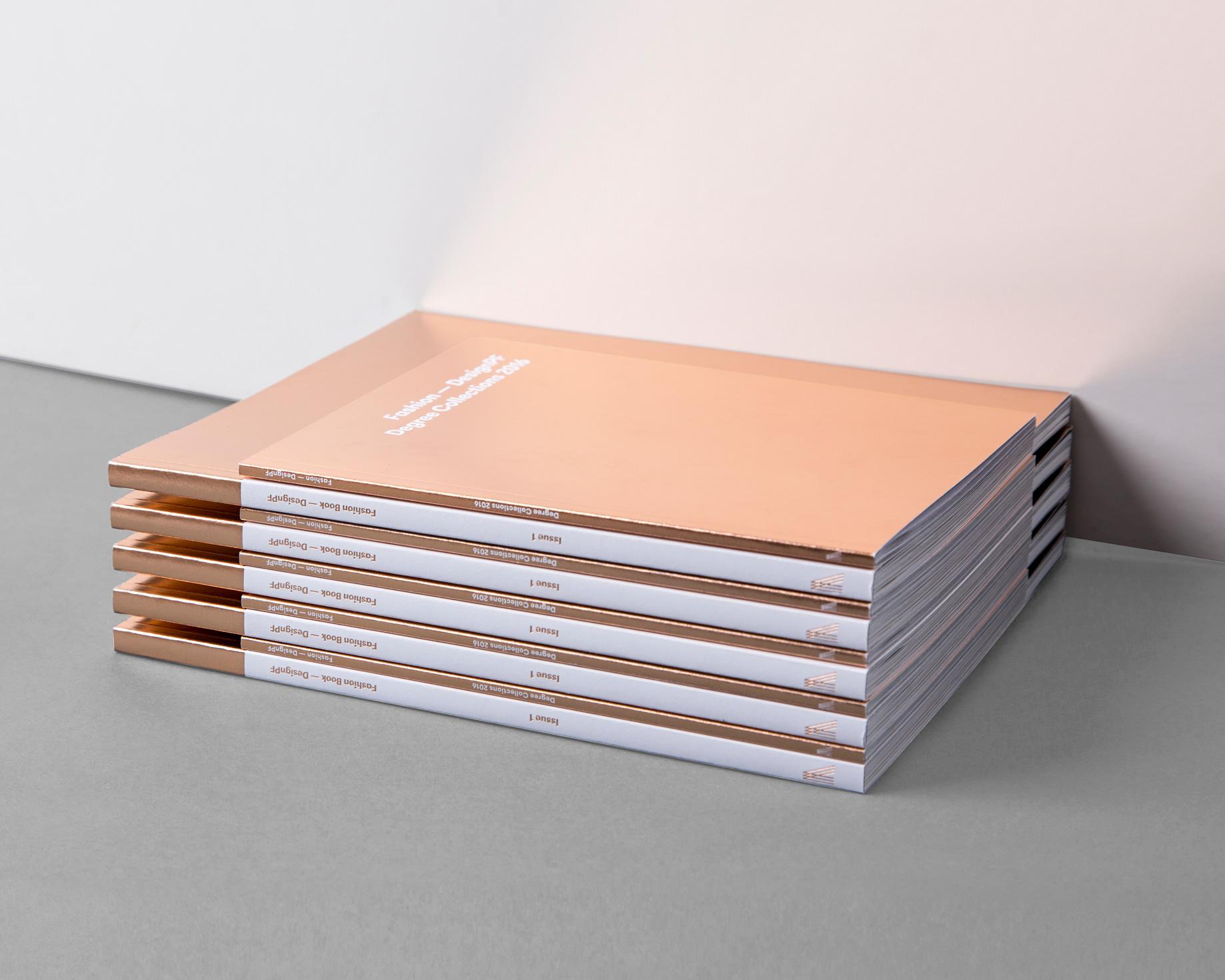 9DMBO-Studio-für-Gestaltung-Fashionbook-hochschule-pforzheim-fashion-mode